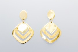 18Kt Yellow Gold Stud Earrings