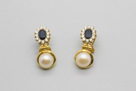 18Kt Gold Pearl Earrings with Sapphires and Cubic Zirconia