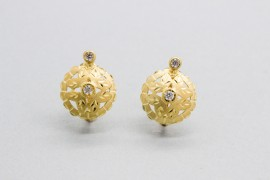 18Kt Gold Earrings Decorated with Cubic Zirconia Gemstones