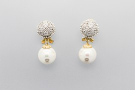 18Kt White & Yellow Gold Pearl Earrings with Cubic Zirconia