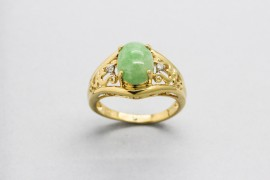 14Kt Yellow Gold Ring with a Jade Centre Stone & Diamonds