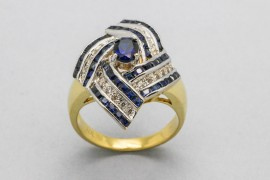 18Kt Gold Ring Decorated with Sapphires & Cubic Zirconia