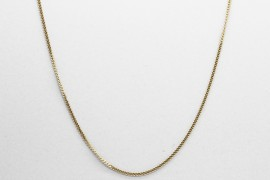 18Kt Yellow Gold Curb Chain Measuring 45cm