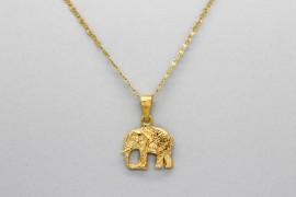 18Kt Yellow Gold Walking Elephant Pendant