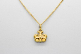 18Kt Yellow Gold Butterfly Pendant Charm