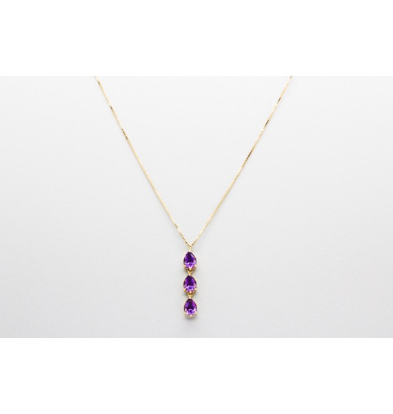 18Kt Gold Necklace with a 3 Stone Amethyst Pendant