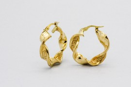 18Kt Yellow Gold Hoop Earrings with a Twist Design