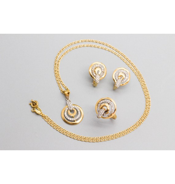 18Kt Yellow Gold Set Decorated with Cubic Zirconia Gemstones
