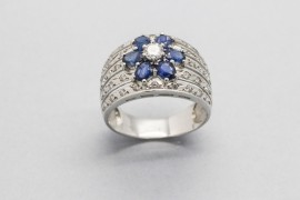 18Kt White Gold Ring with Blue Sapphires & Cubic Zirconia