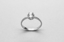 18kt White Gold Cubic Zirconia Solitaire