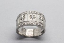 18kt White Gold Cubic Zirconia Ring