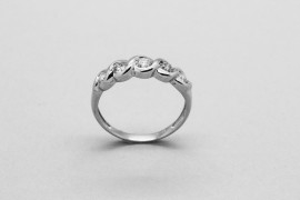 18kt White Gold Diamond Engagement Ring