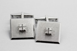 18Kt White Gold Diamond Cuff Links