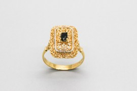 18Kt White & Yellow Gold Sapphire Ring
